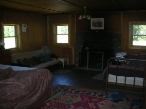 Bunk house futon, fireplace and full bed